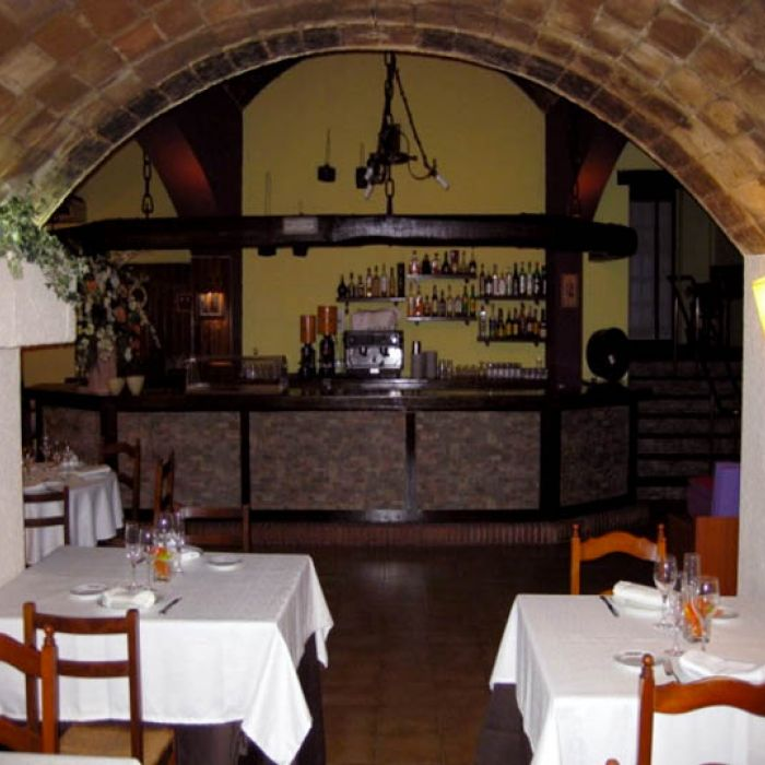 restaurante-caves-rekondo01